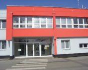 Hlavní vchod do budovy Technických služeb