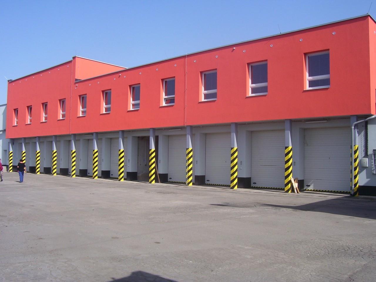Zadní část budovy Technických služeb