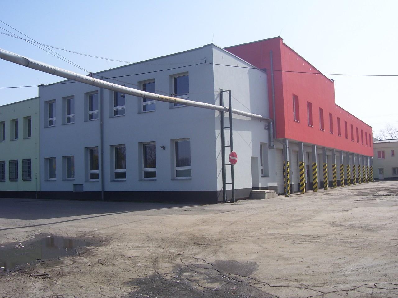 Rohový pohled na budovu Technických služeb