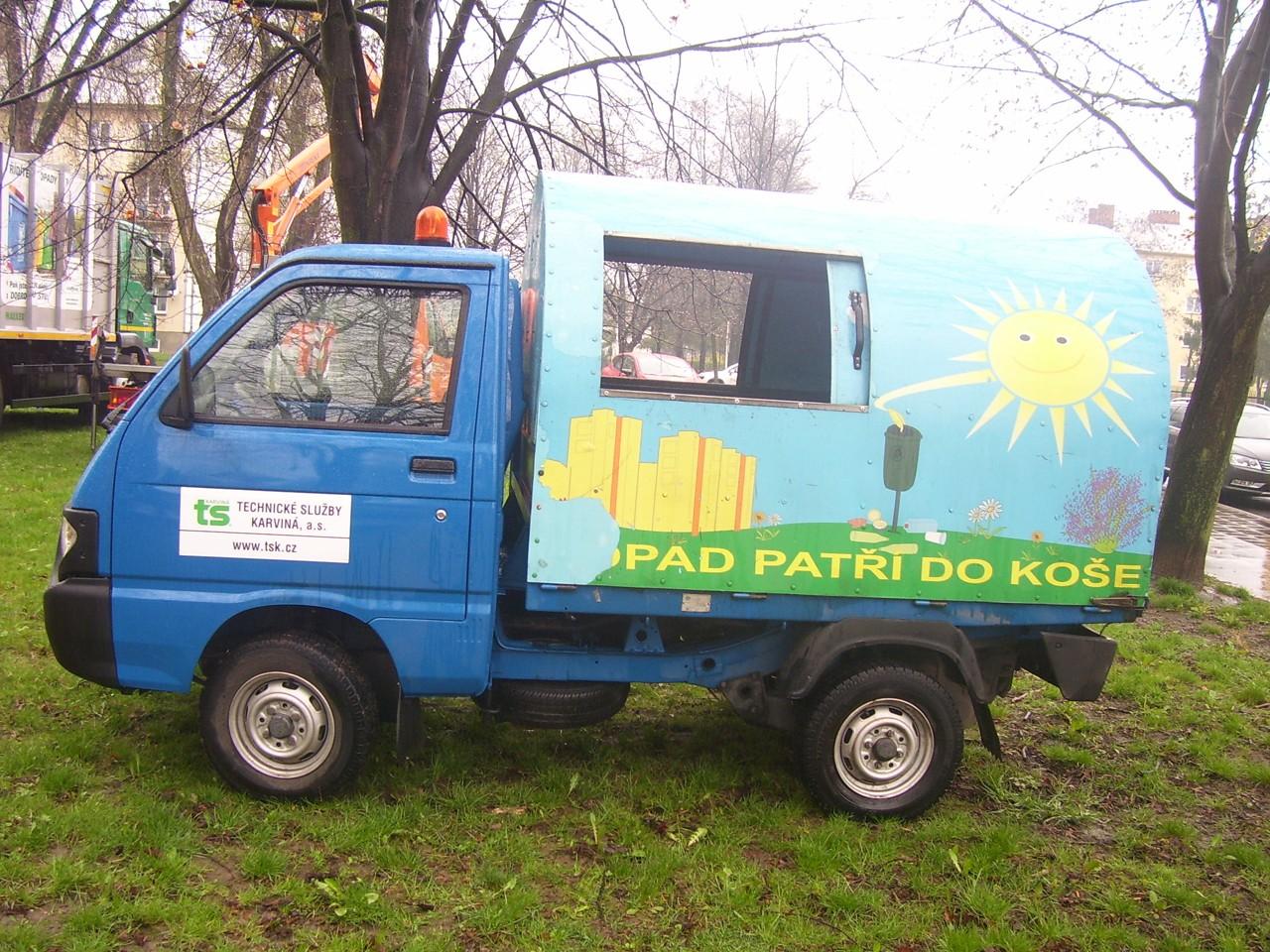 Vozidlo pro svoz odpadkových košů