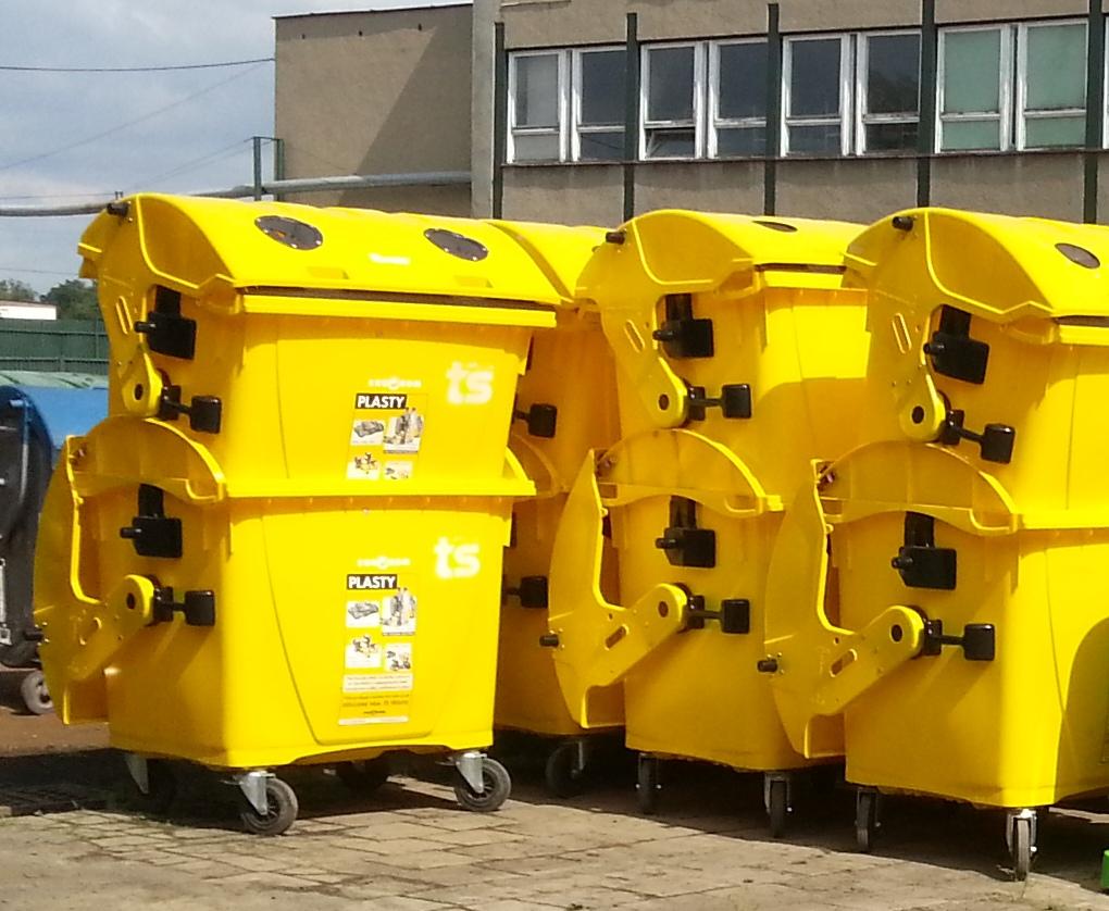 Žluté kontejnery na plast
